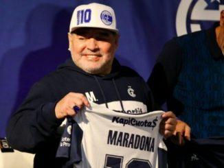 diego maradona hospitalized for undisclosed health problems 1