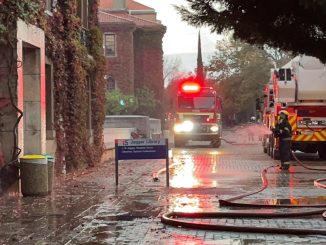Fire in South Africa: students forced to escape from University of Cape Town campus
