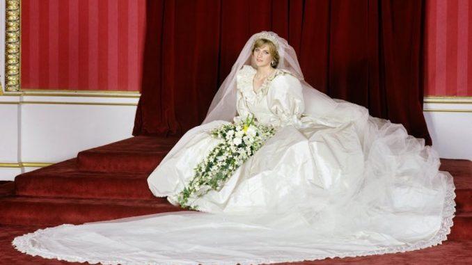 Princess Diana's wedding dress on exhibition at Kensington Palace