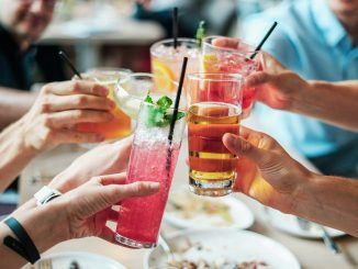 How to impress your friends with homemade cocktails
