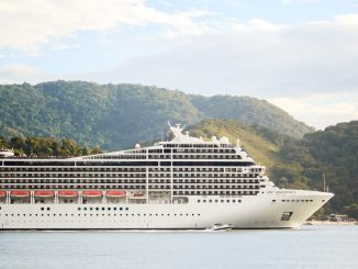 USA, Celebrity Millennium: two passengers tested positive for Covid on the cruise ship